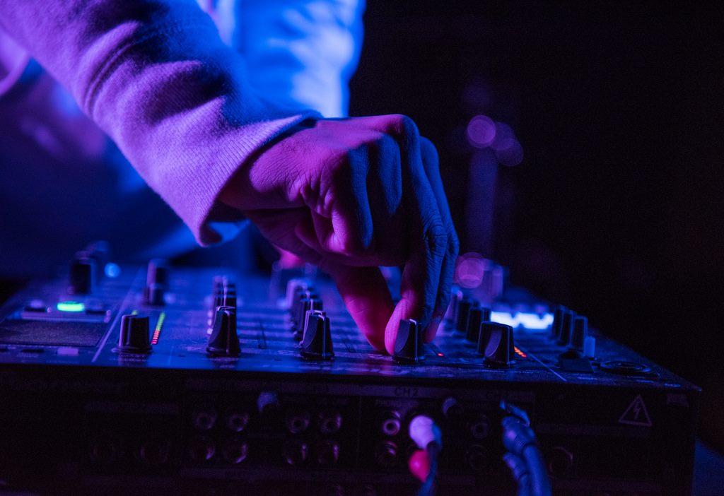 lord-RAJA-u-street-music-hall-01